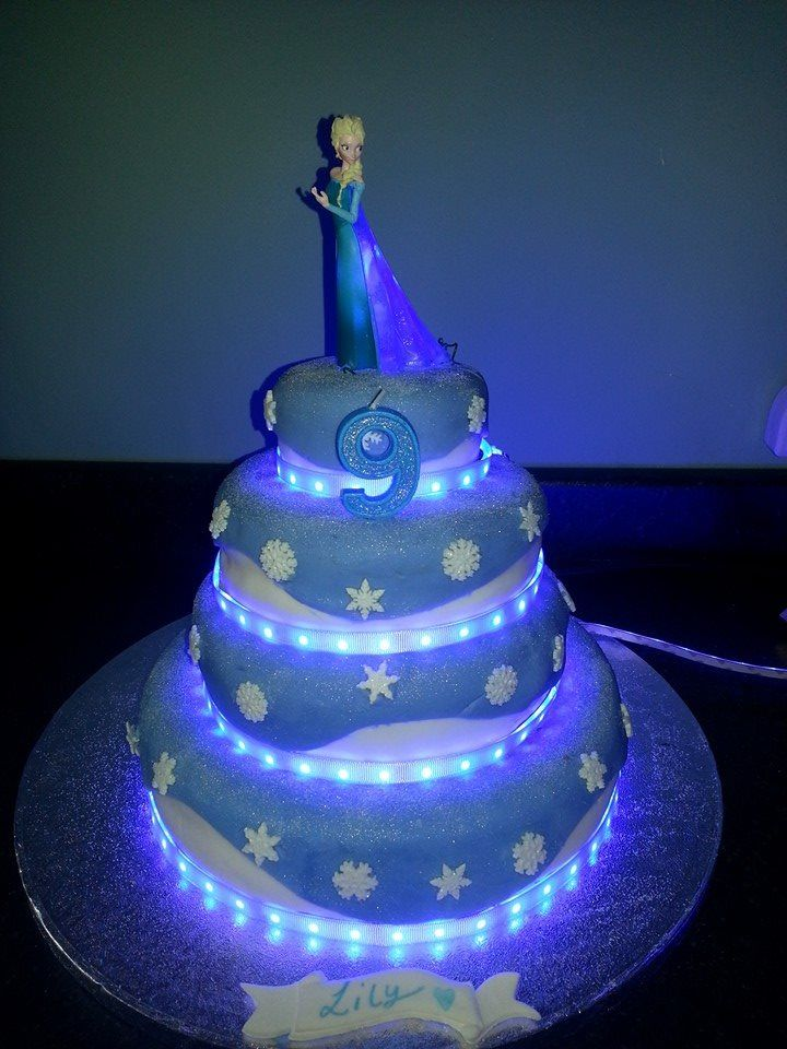 light up frozen elsa birthday cake layla birthday ideas