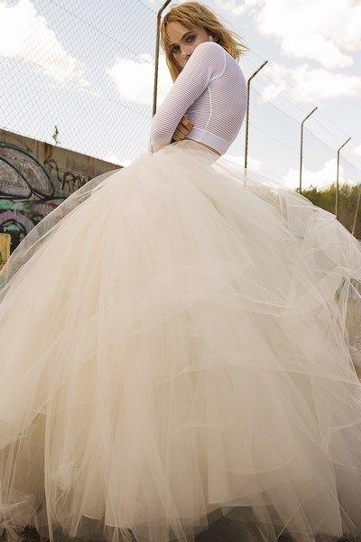 vestido de novia dos piezas camiseta de punto falda de tul con gran