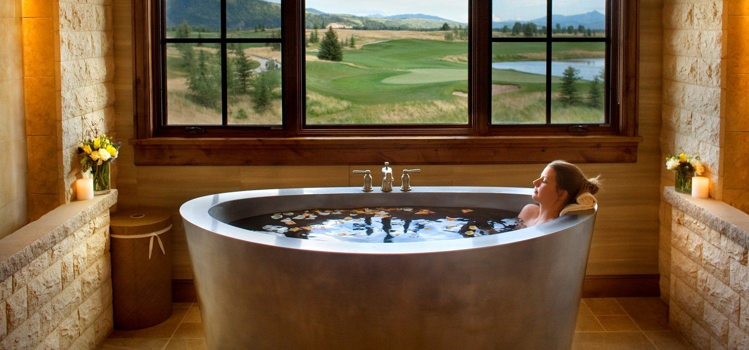 Diamond Spas offers five spectacular Japanese style soaking and bath ...