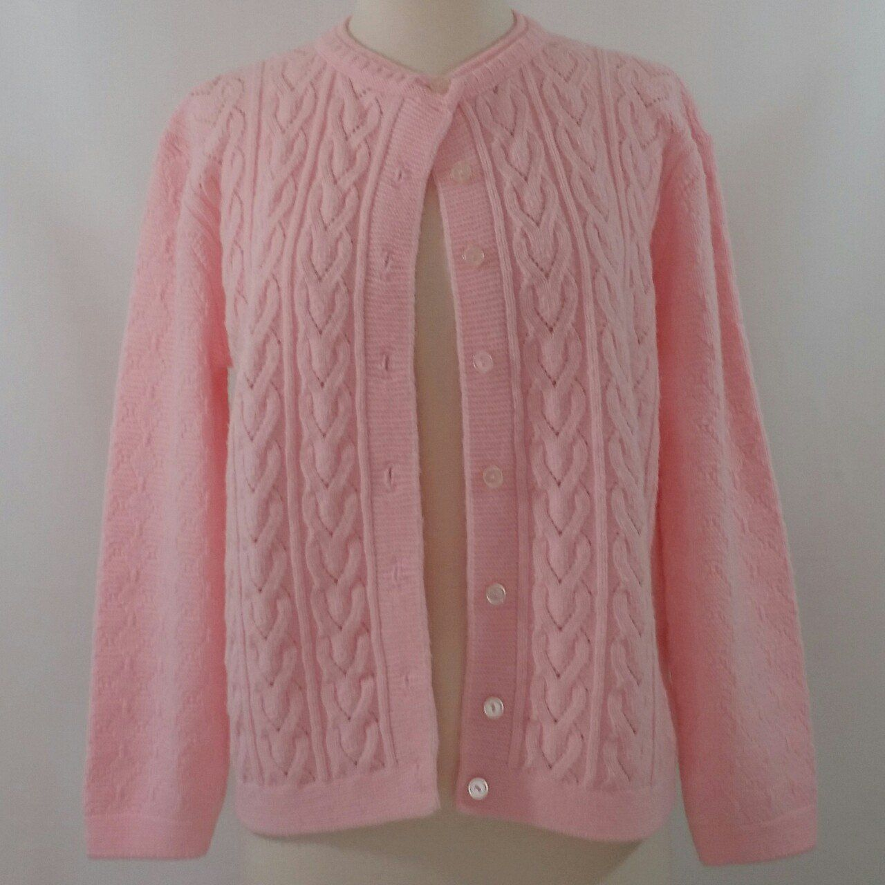 e2bc4f9514a058 The cutest pink knit sweater ever! This sweater is acrylic so the color is  still bright. No holes or stains. Only issue I see is the sizing tag has AP  ...