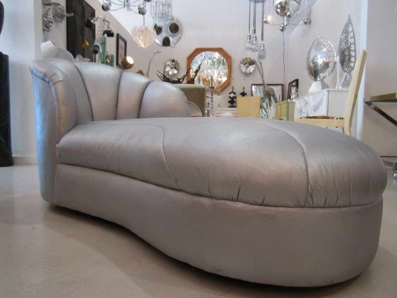Old Fashioned Chaise Lounge With Hanging L& : old fashioned chaise lounge - Sectionals, Sofas & Couches