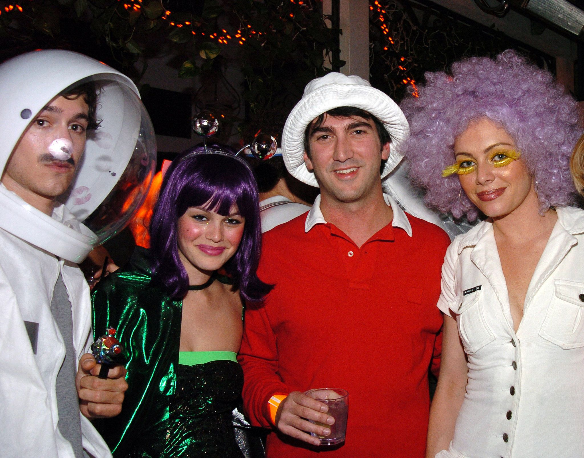 Over 250 Celebrity Halloween Costumes! | Adam brody, Celebrity ...