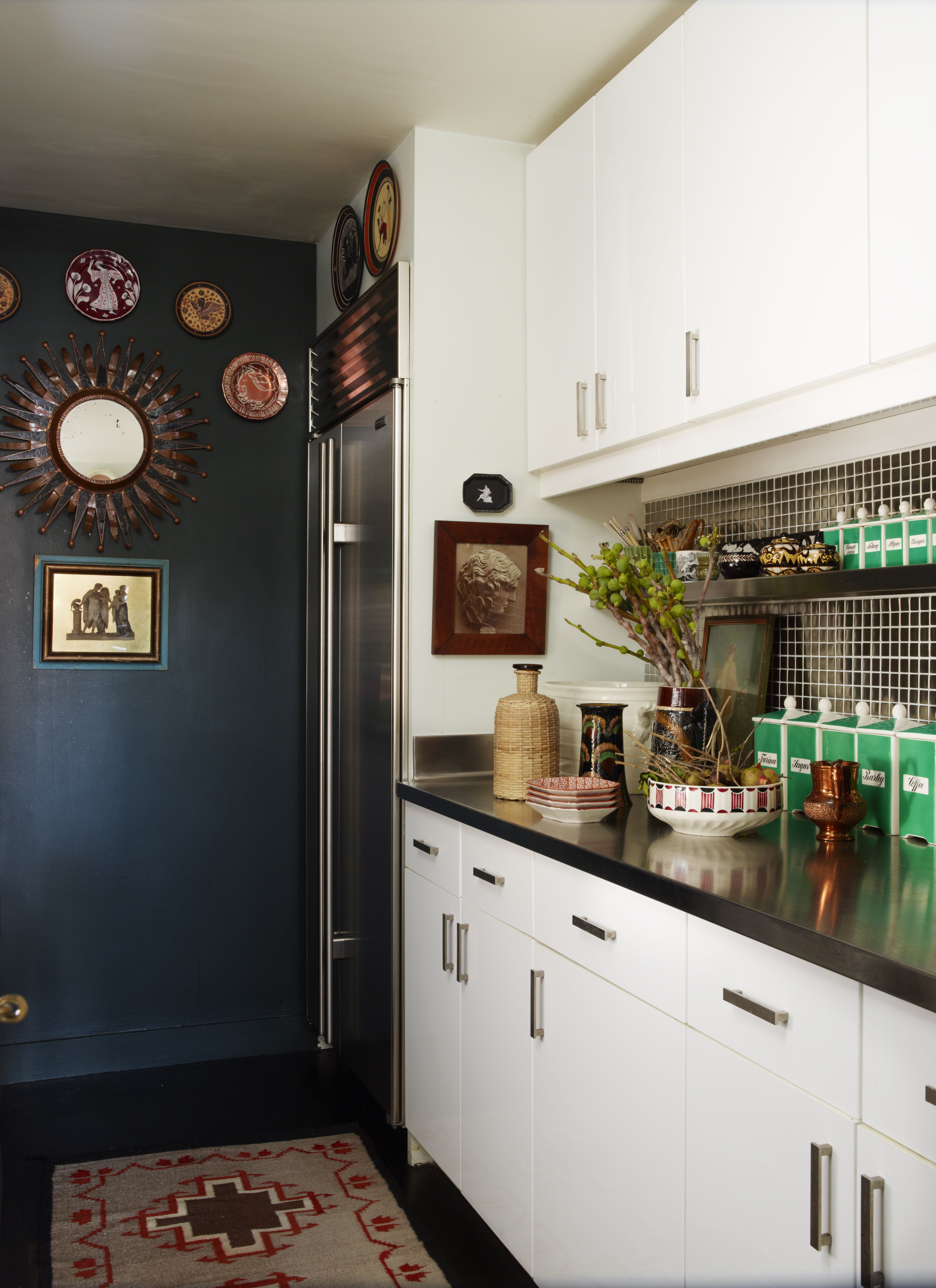 A NYC Collector\'s Apartment Inspired by Sir John Soane   Cocinas