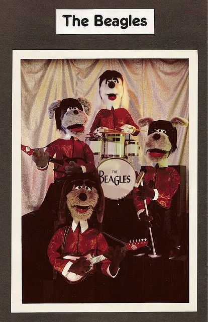 The Beagles Chuck E Cheese Beagle Pop Posters