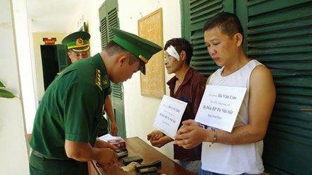 Thủ đoạn tinh vi và táo tợn sau hàng loạt vụ buôn lậu ma túy xuyên biên giới  http://baotinnhanh.vn/thu-doan-tinh-vi-va-tao-ton-sau-hang-loat-vu-buon-lau-ma-tuy-xuyen-bien-gioi-407546.htm
