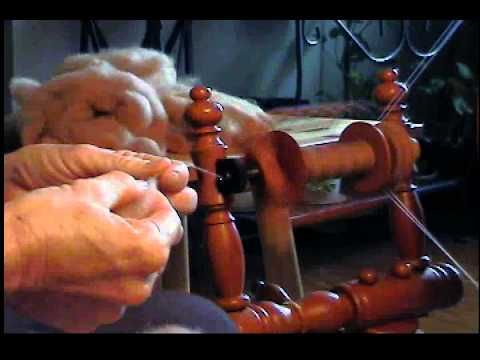 Spinning for Lace with Margaret Stove - YouTube