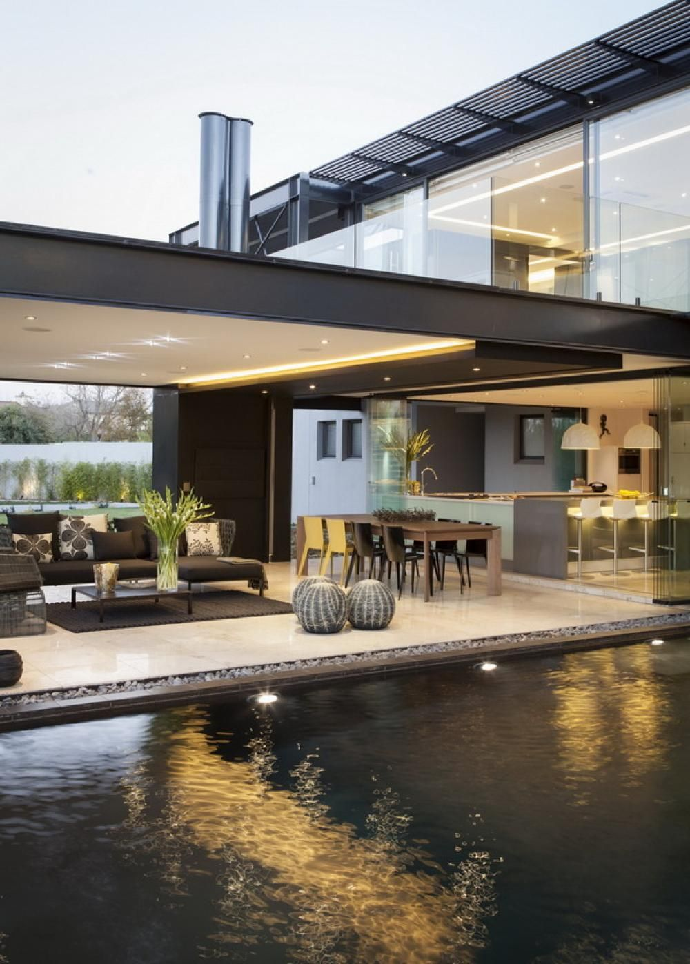 Captivating Fancy And Elegant Outdoor Room Home Design  For Living Area And Dining Area Next To The Wide Pool
