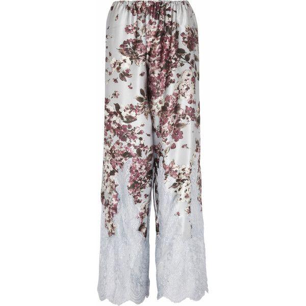 Rosamosario Fiori In Un Letto Di Bambole silk-satin pajama pants (820 BRL) ❤ liked on Polyvore featuring intimates, sleepwear, pajamas, lingerie, pijamas, bottoms, green, rosamosario, pastel lingerie and lingerie pajamas