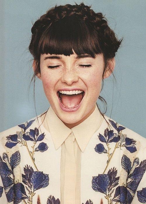 alternative, indie, cute, hipster, vintage, crazy, dark vintage, girl, brunette, flowers