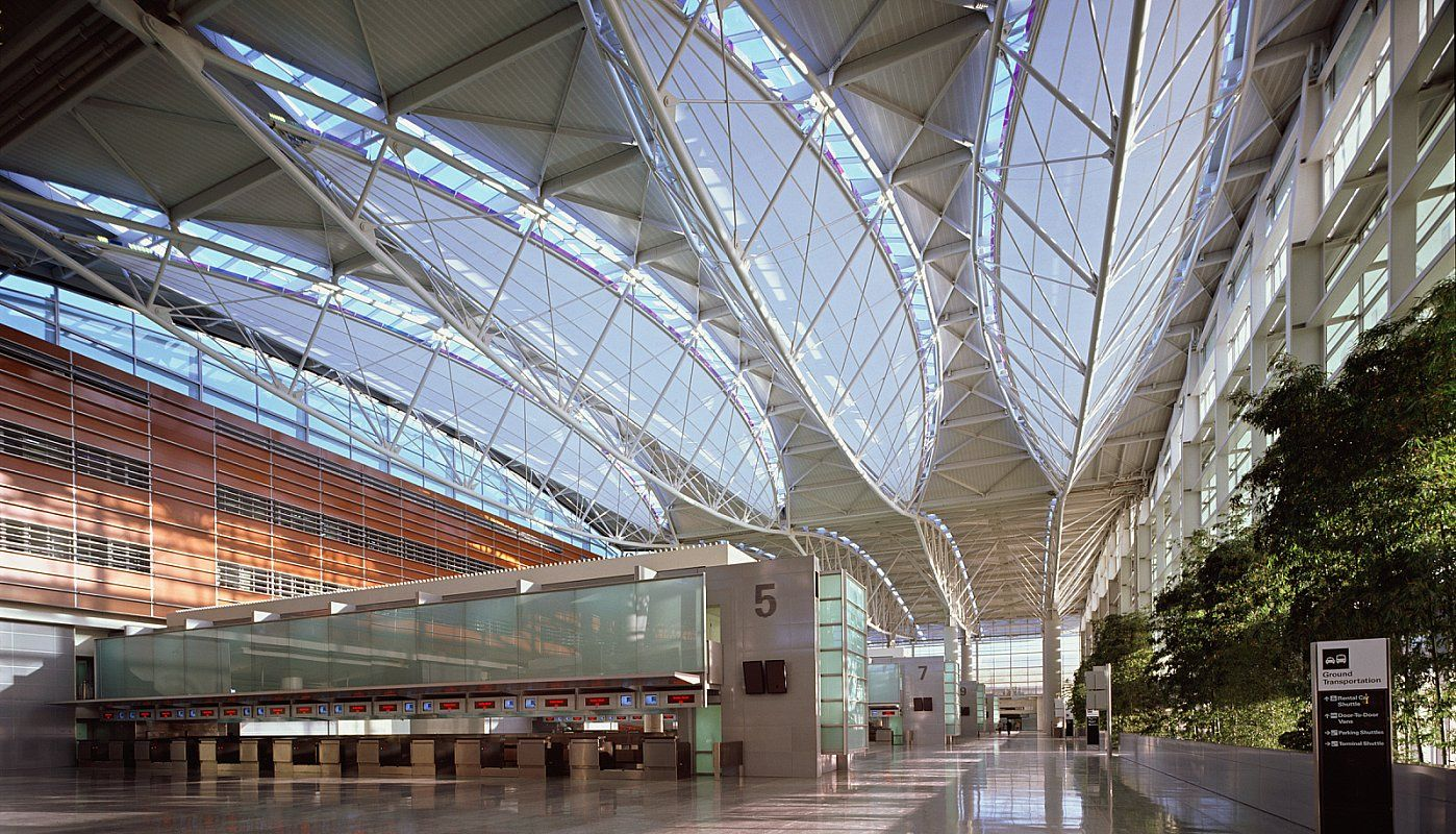 Som San Francisco International Airport International