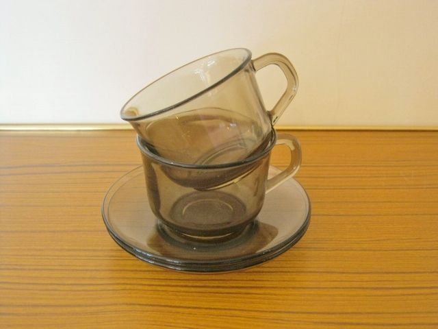 Splendid Vintage smoked glass Cups and Saucers - 70s Retro