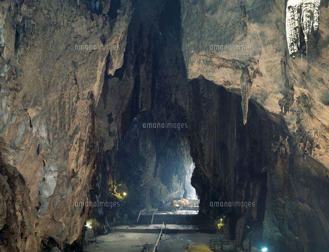 洞窟 イラスト Google 検索 地底湖 洞窟 イラスト Y Google検索