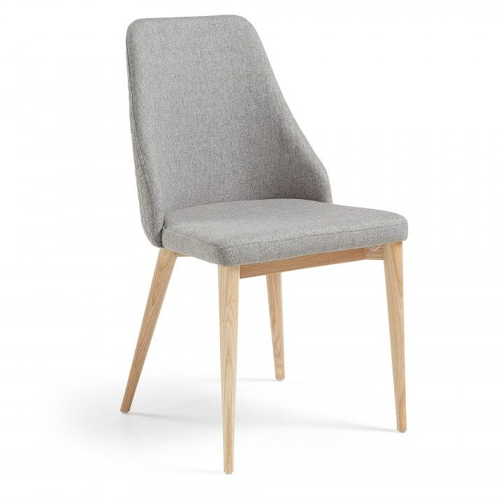 Chaise Rembourre En Tissu Dossier De La Siege Matelasse Pieds En Bois De Frene Massif Scandinavian Dining Chairs Dining Chairs Comfortable Dining Chairs