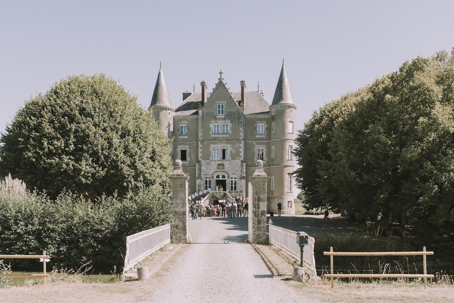Escape to the Chateau Vintage Wedding in the Chateau de