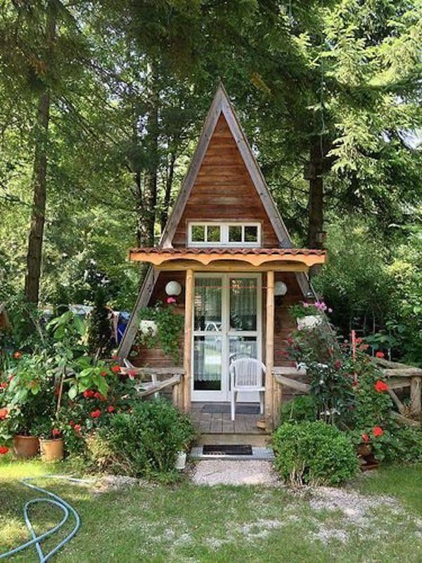 Pin By Ariana Rodriguez On Log Cabin Small House She Sheds House