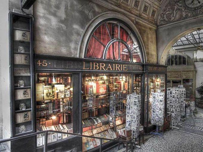 Beautiful Libraries and Bookshops...la librairie Jousseaume, Antique Bookshop, Galerie Vivienne, Paris, photo via Amanda Patterson.