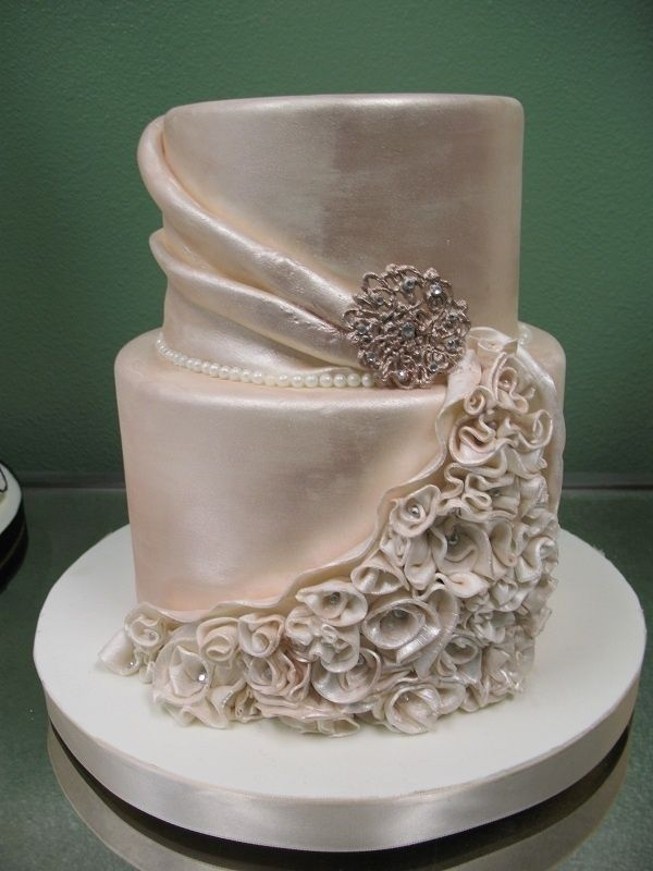 silky champagne color wedding cake