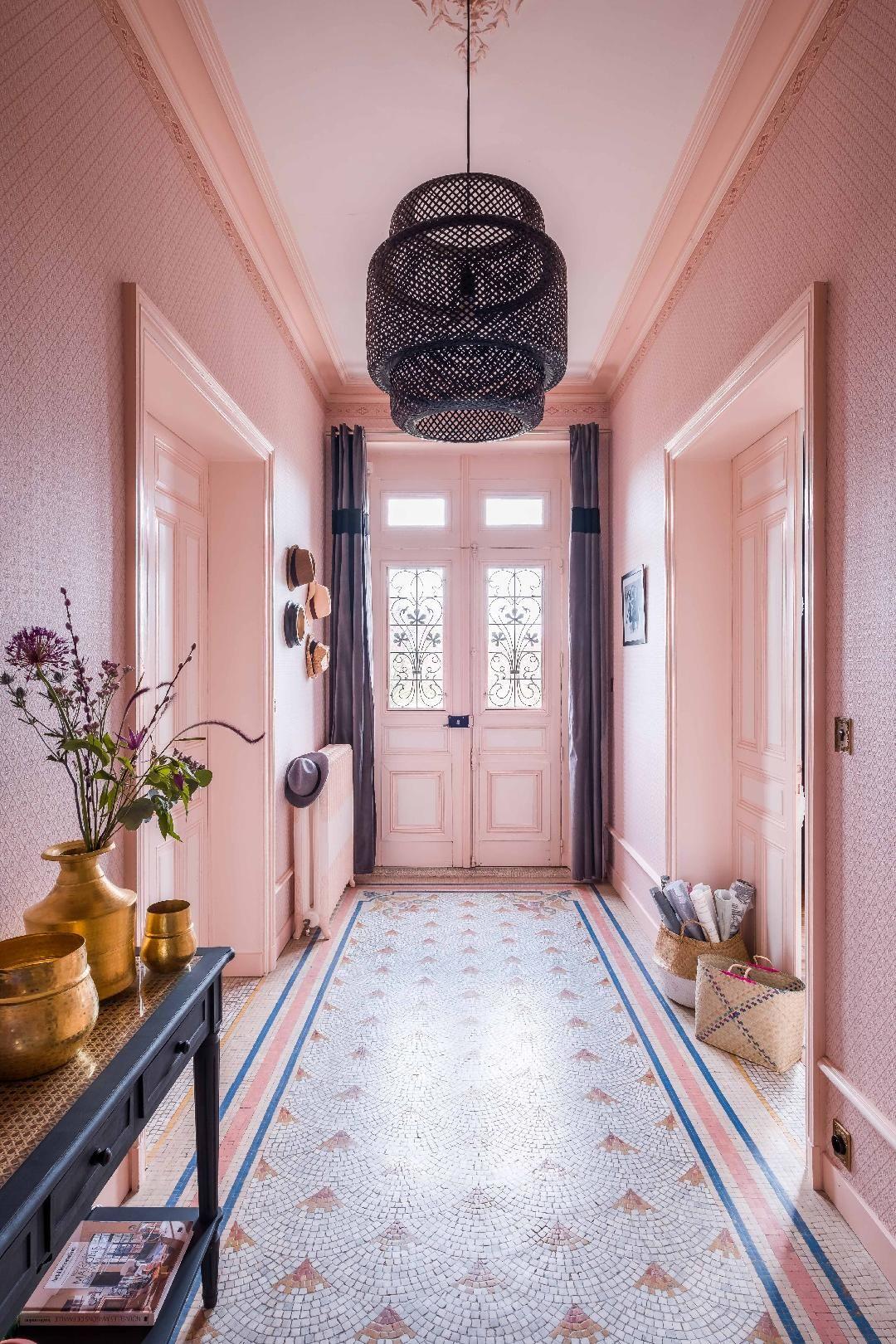 la baronnie de laure aux portes de la bretagne planete. Black Bedroom Furniture Sets. Home Design Ideas