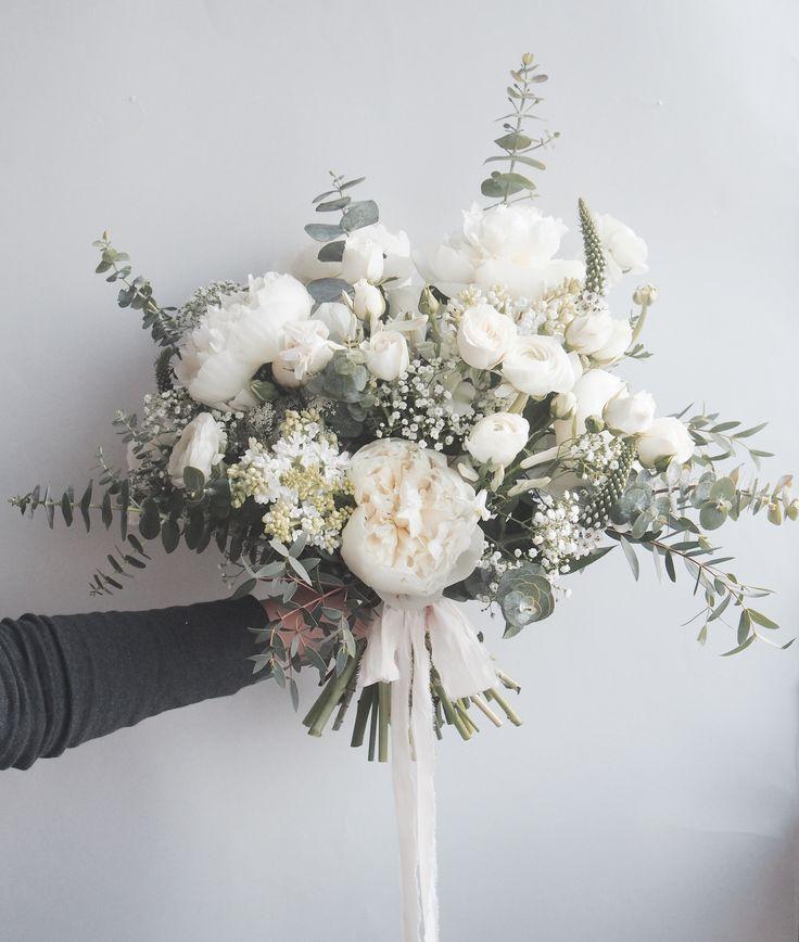 25 + ›Hochzeitsblumen, Brautstrauß, Hochzeitsplanungstipps, Braut, Hochzeitsd…