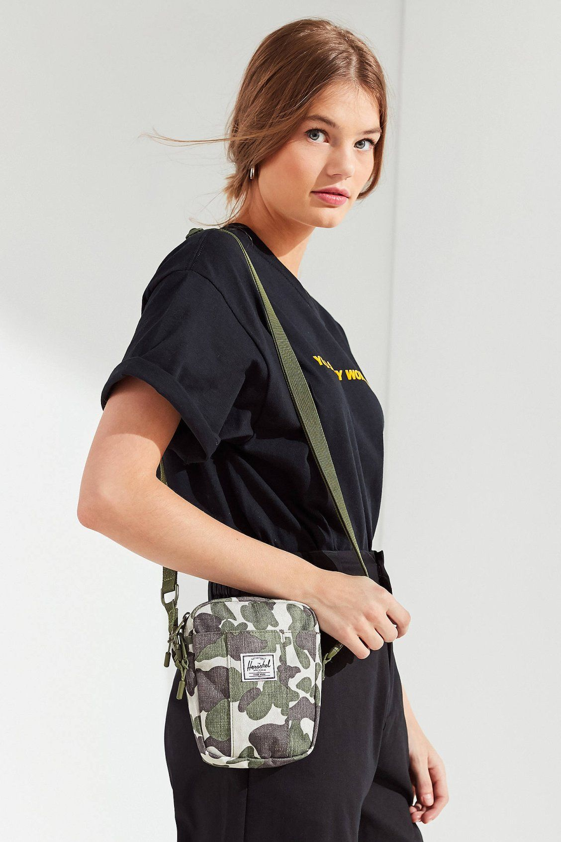 Herschel Supply Co. Cruz Crossbody Bag  8d7897bc024a1