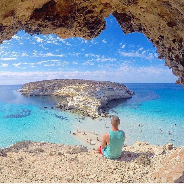 Thiago Lopez Isola Dei Conigli Buongiorno Ragazzi L Isola Dei Conigli E Un Isola Appartenente All Arcipelago D Italy Tourism Visit Sicily Sicily Island