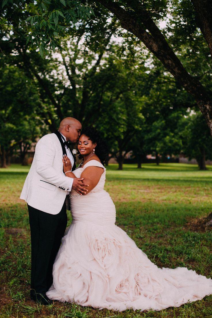 Atlanta wedding dress shops  IvoryBridalAtl Plussizebride plussizefashion curvybride curvy