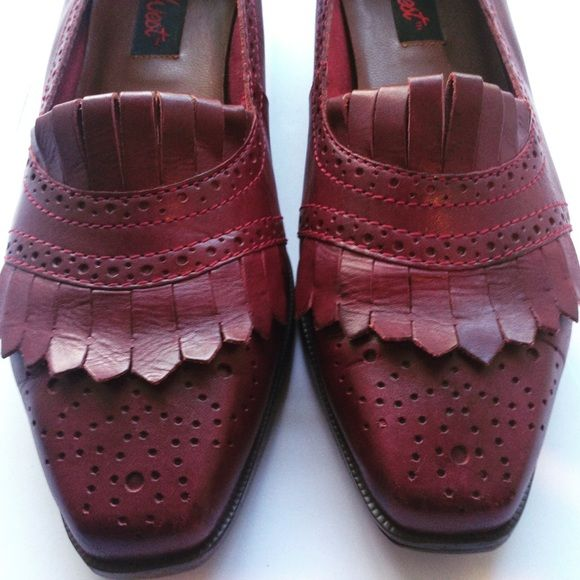 Vintage Nine West Genuine Leather Loafers Great condition! Beautiful maroon colored leather. A very classy, timeless, wardrobe staple. They look great with dress pants or jeans! Nine West Shoes Flats & Loafers