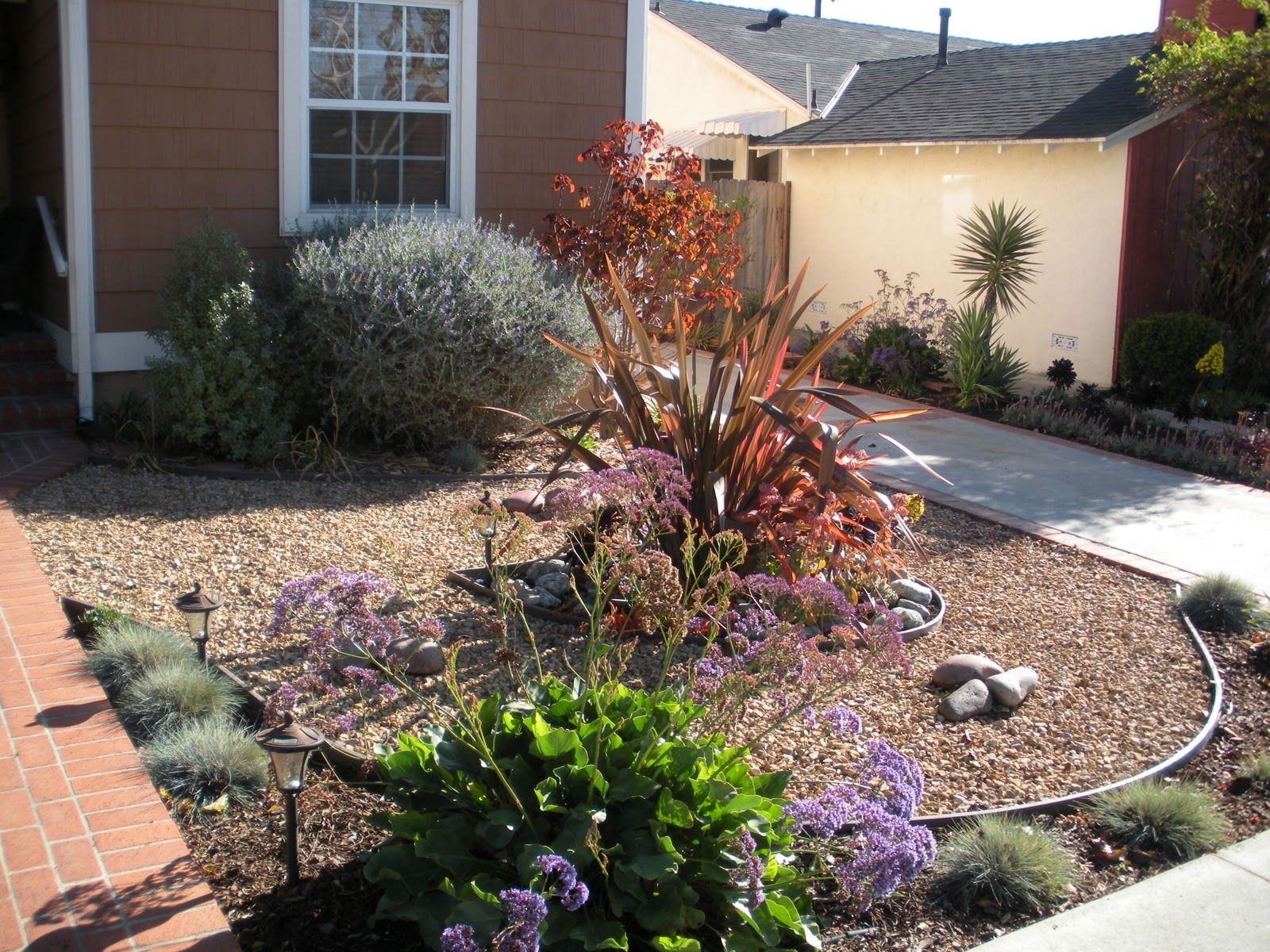 Garden of eva landscape design group los angeles ca for Front yard plant ideas