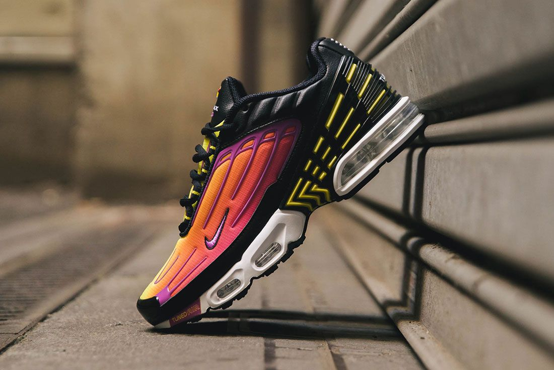 Detail Look: the Nike Air Max Plus 3 in 'Hyper Purple