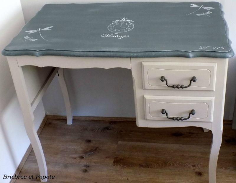 Relooking meuble Petit bureau patiné Peinture Camaëlle Relooking