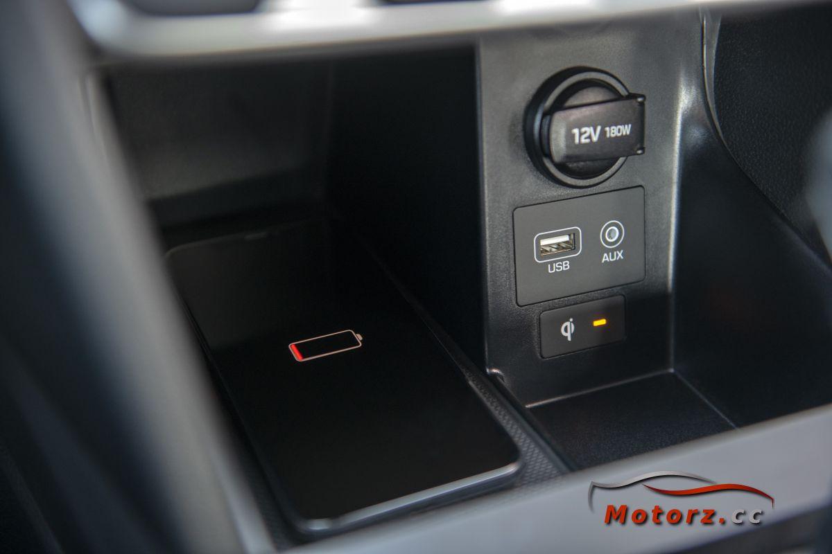 Hyundai Elantra Facelift 2019 Wireless Charger Elantra Hyundai Elantra Hyundai