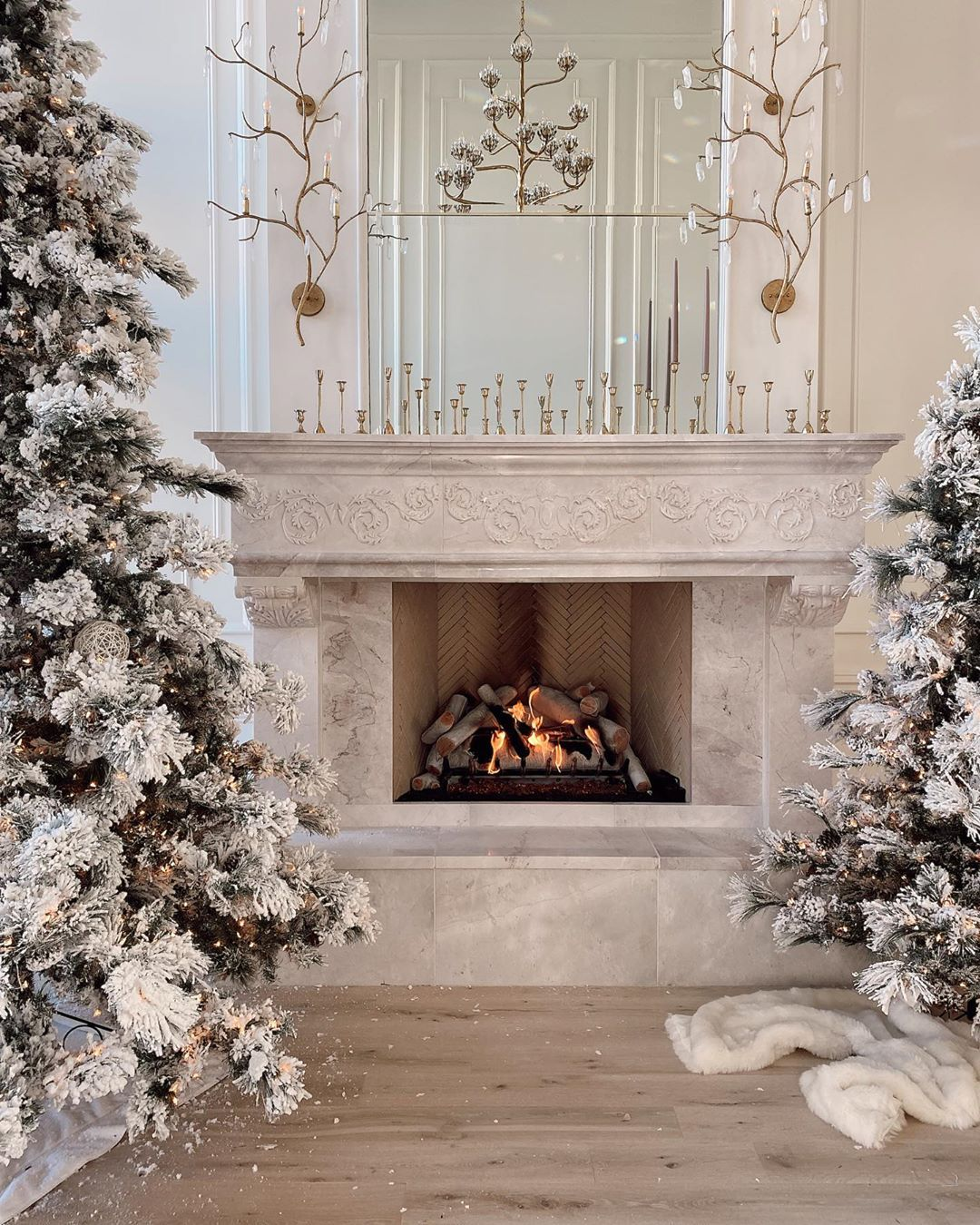 20 5k Likes 278 Comments Rach Parcell Pink Peonies Rachparcell On Instagram Here S A Picture Of Some O Farmhouse Christmas Decor Home Fireplace Decor