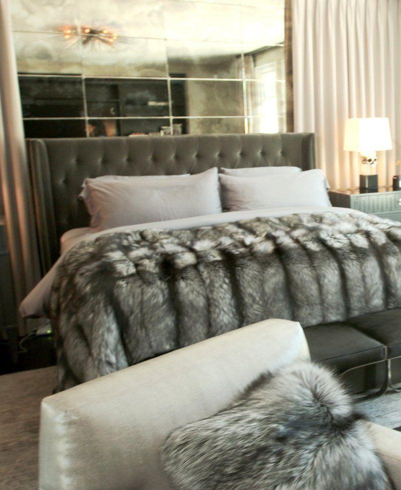 Kylie Jenner Bedroom Bedspread: Kylie Jenner's Bedroom
