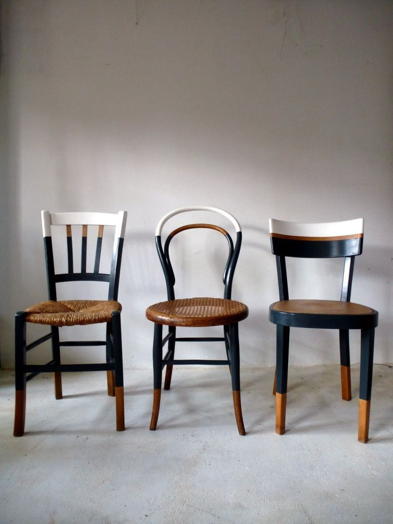 6 Mismatched Vintage Bistro Chairs Revamped White Wood Gray Copper Thonet En 2020 Relooking De Mobilier Meuble Chaise Fauteuil