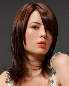 peinados y looks de moda cortes modernos de pelo hasta los hombros en el