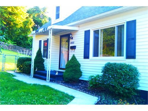 Fantastic Home For Rent Johnstown Pa Classifieds Renting A House Real Estate Outdoor Decor