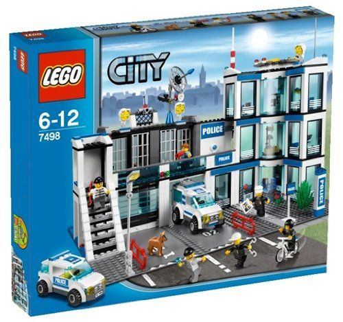 Lego Police Station 7498 Read More At Http Www Toys Zone Com Lego Police Station 7498 2 Lego City Police Station Lego Police Station Lego City Sets