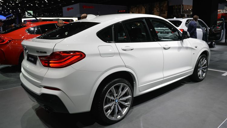 A Photo Gallery Of The 2016 Bmw X4 M40i At Detroit Auto Show