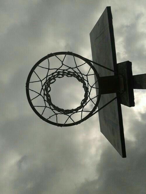 Epingle Par Gabie Carlota Sur Basket Ball Panier Basketball Photo Noir Et Blanc Noir Et Blanc