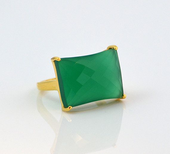 Excellent Quality gem Sterling Silver Green Onyx Ring statement ring Emerald like colour