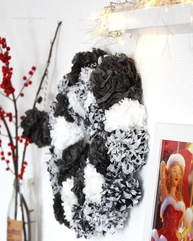 DIY | Seidenpapier Pompom Kranz | selbermachen | Anleitung | crafts Tutorial | home decor | christmas crafts & wreath | waseigenes.com