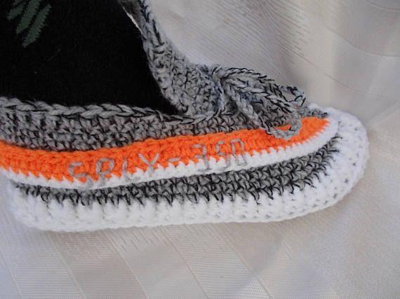 85c8cc7bcdc The Yeezy Boost 350 V 2 Yeezy 350 V2 Boost crochet