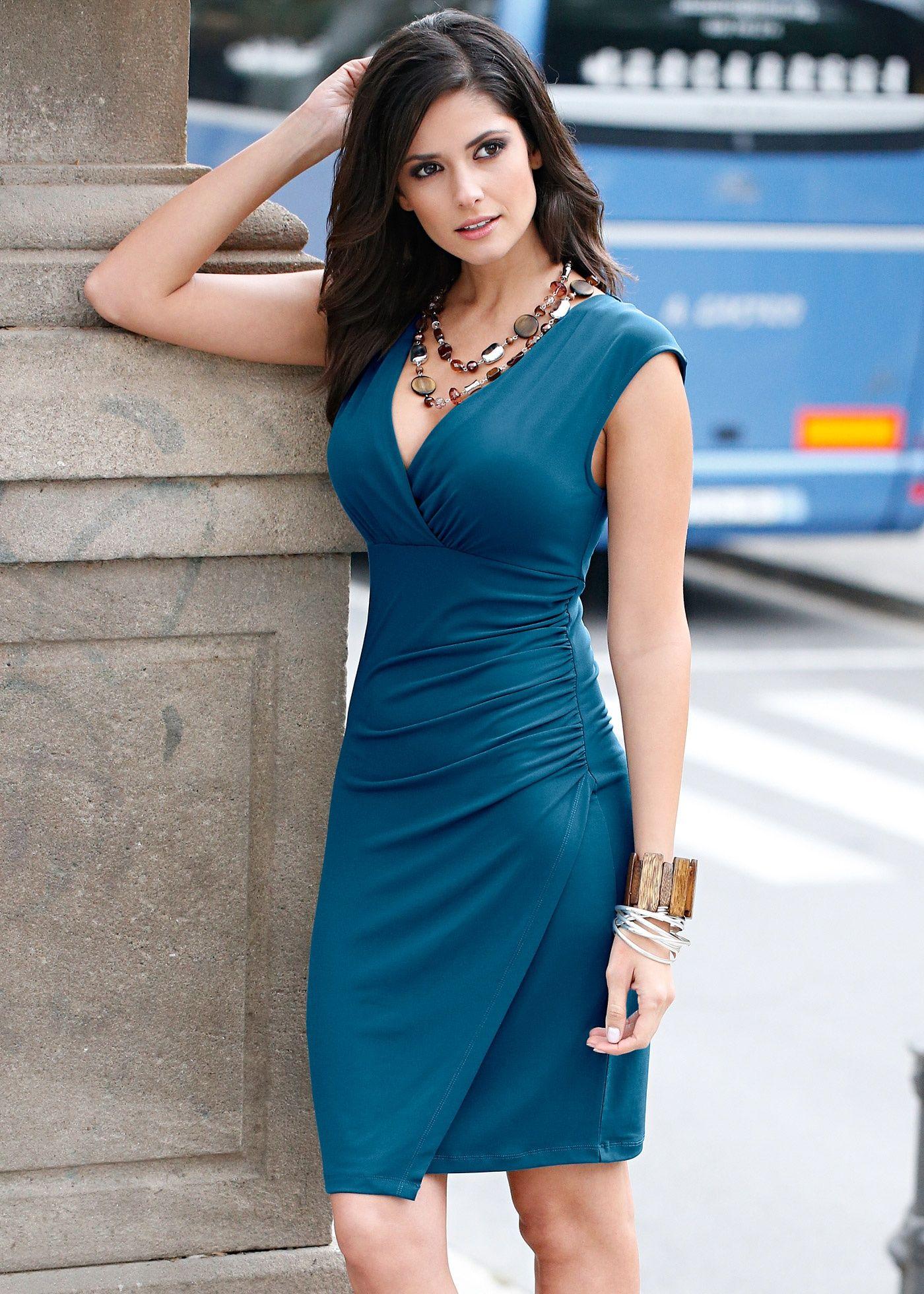 Classy woman maxi dress