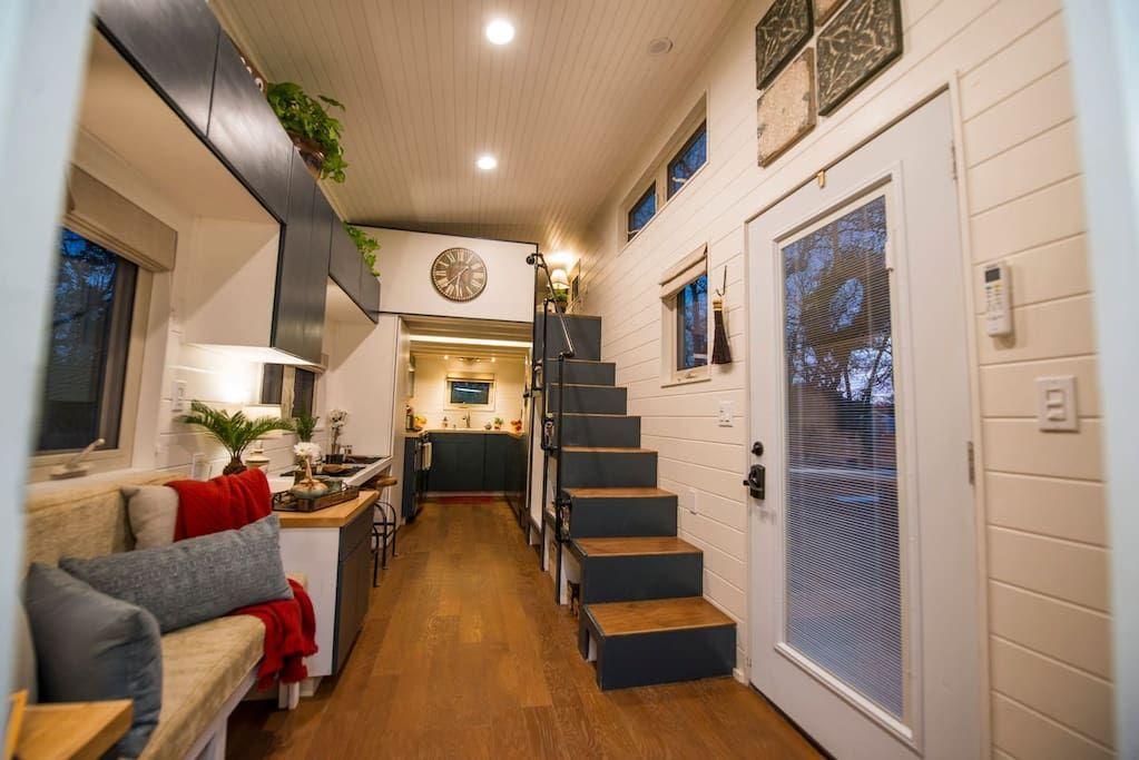 Elegant Tiny House In Waco Near Magnolia Tiny Houses For