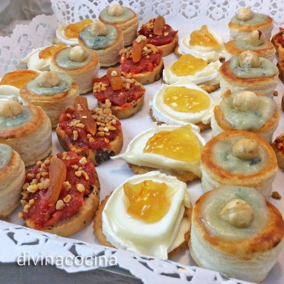 Canapes de fiesta en bandeja recipes pinterest for Canapes y aperitivos