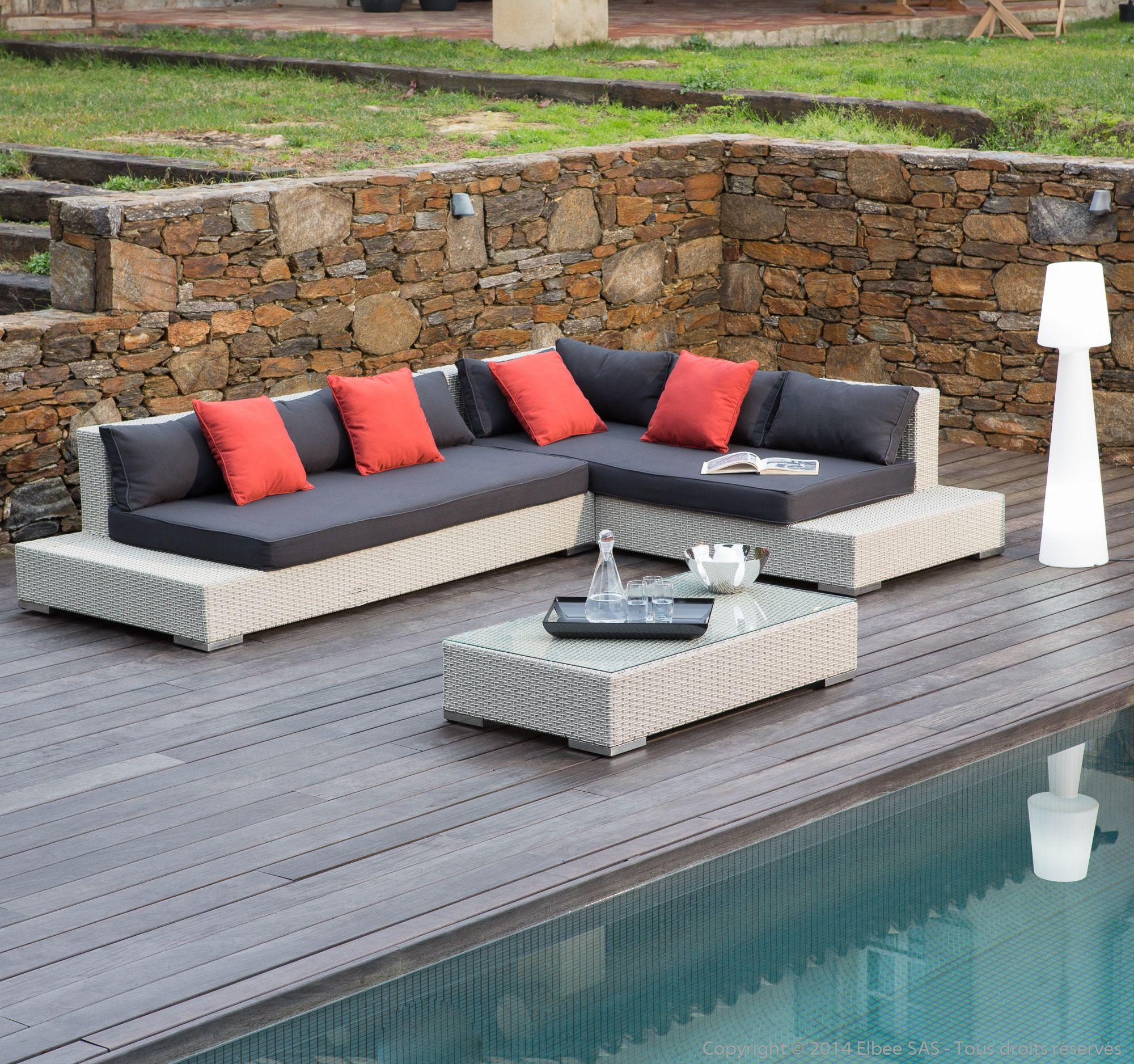 Salon de jardin 6 places : Canapé d\'angle + Table basse en Résine ...