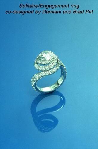Jennifer Aniston S Ring Designed For Her By Brad Pitt Engagement Ring Wedding Band Celebrity Engagement Rings Jennifer Aniston Ring