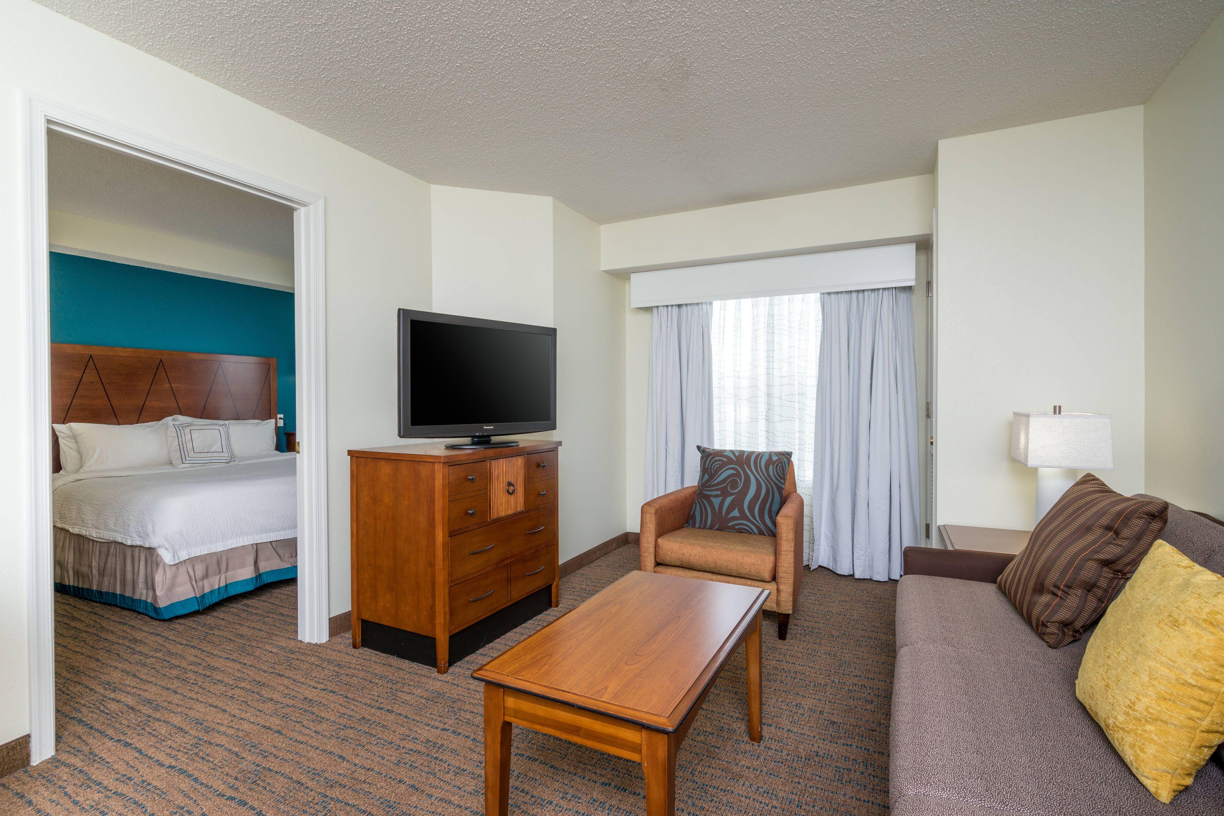 Residence Inn Salisbury Queen/Queen OneBedroom Suite