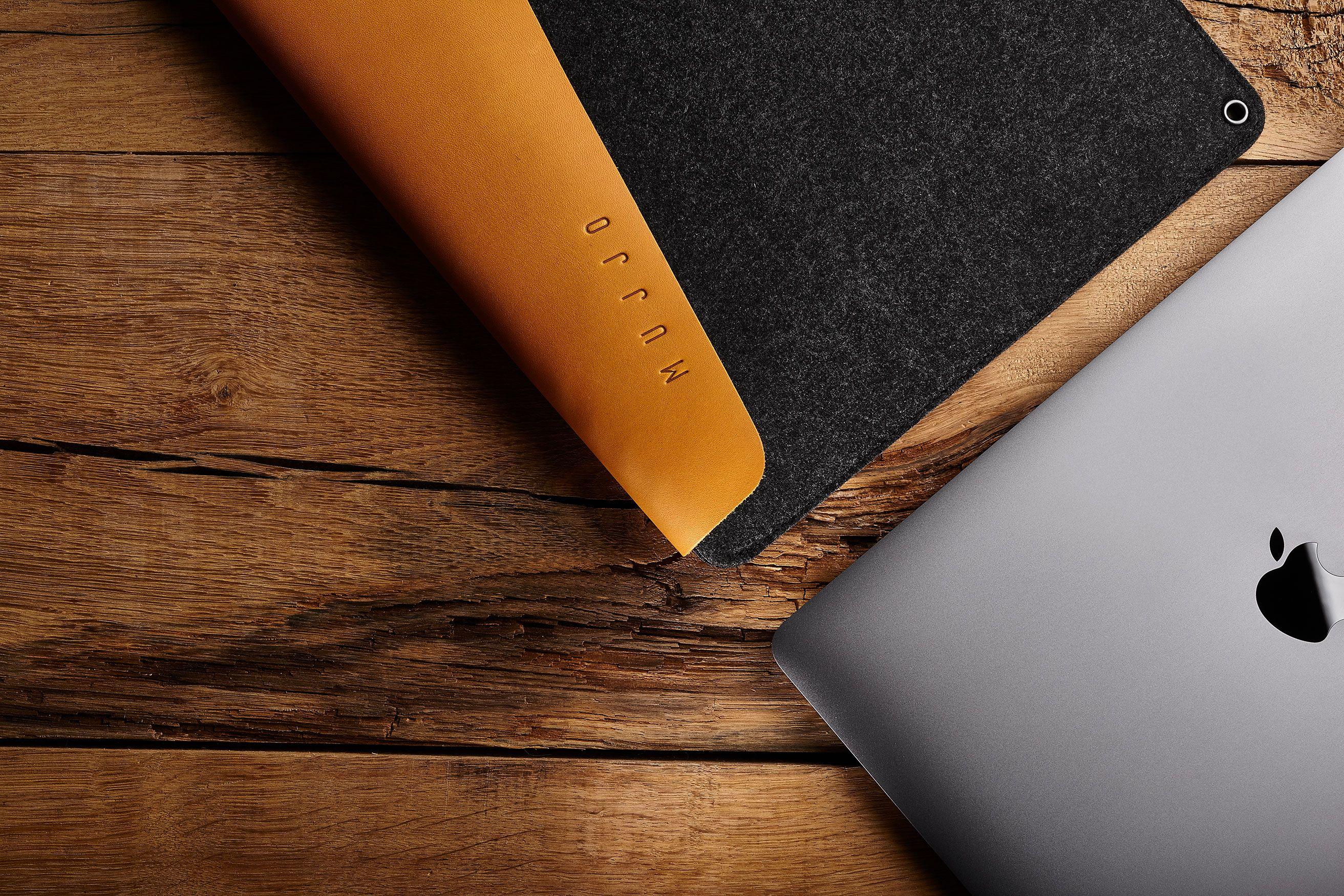 Semplicità ed eleganza per i vostri Macbook: le custodie di Mujjo in ...