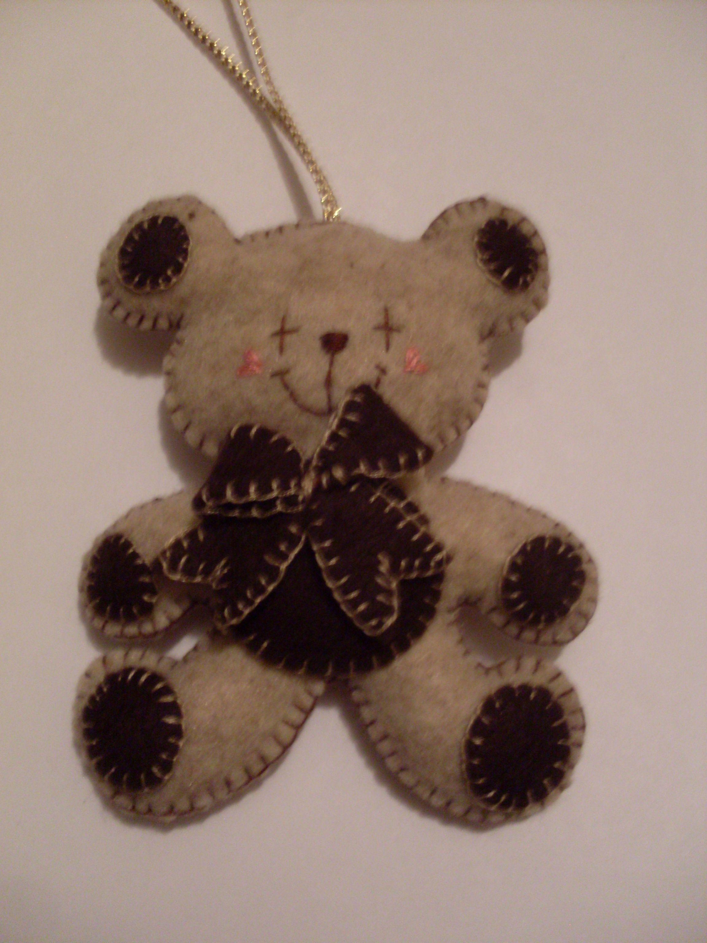 Teddy Bear Felt Ornament 2005 Felt Ornaments Bear Crafts Felt Crafts